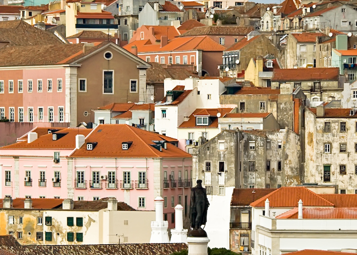 Lisbon : City administration and citizens working together to improve life in sensible urban areas