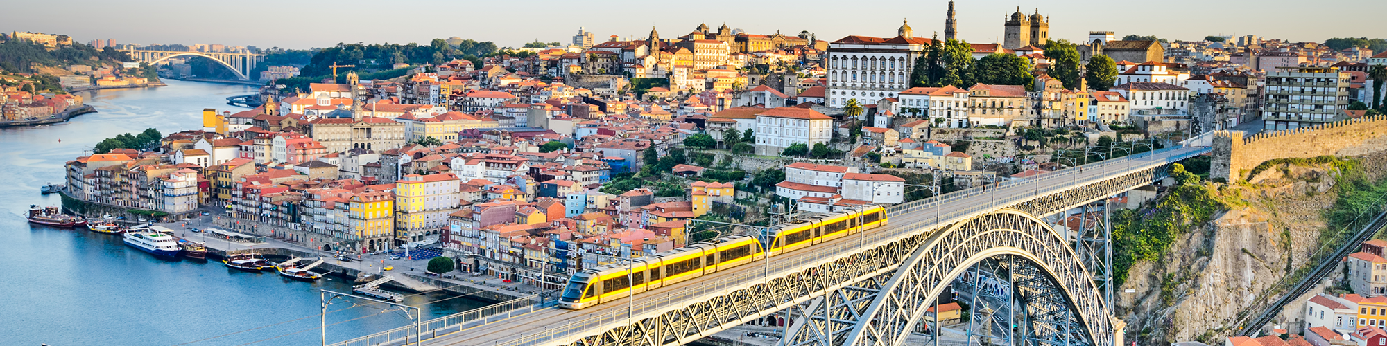Reference Guidelines for the Energy Efficient Rehabilitation of the Porto's Historical Centre