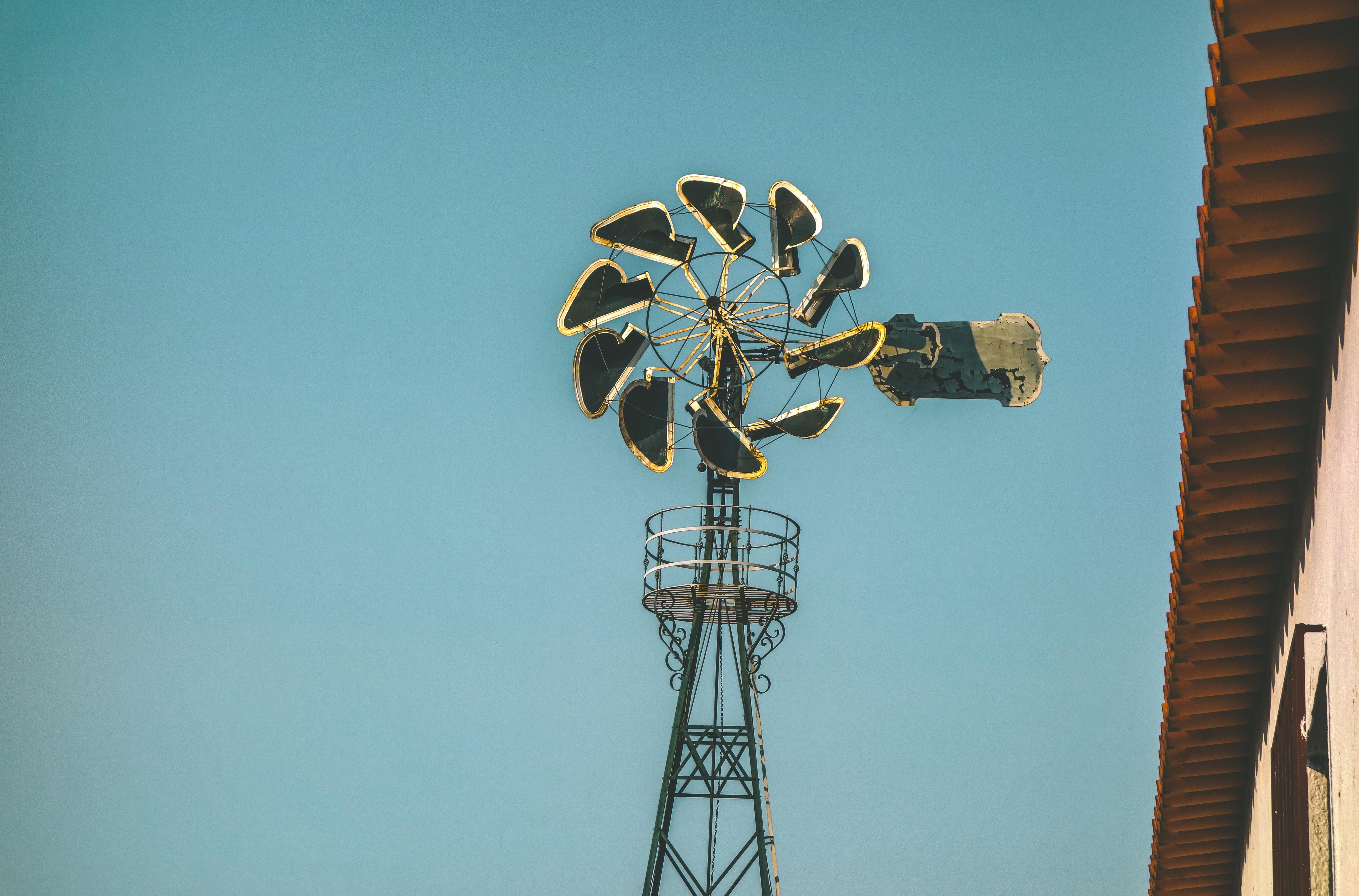 Small-scale urban windmill keeps company to eco-buildings in Blåsbälgen
