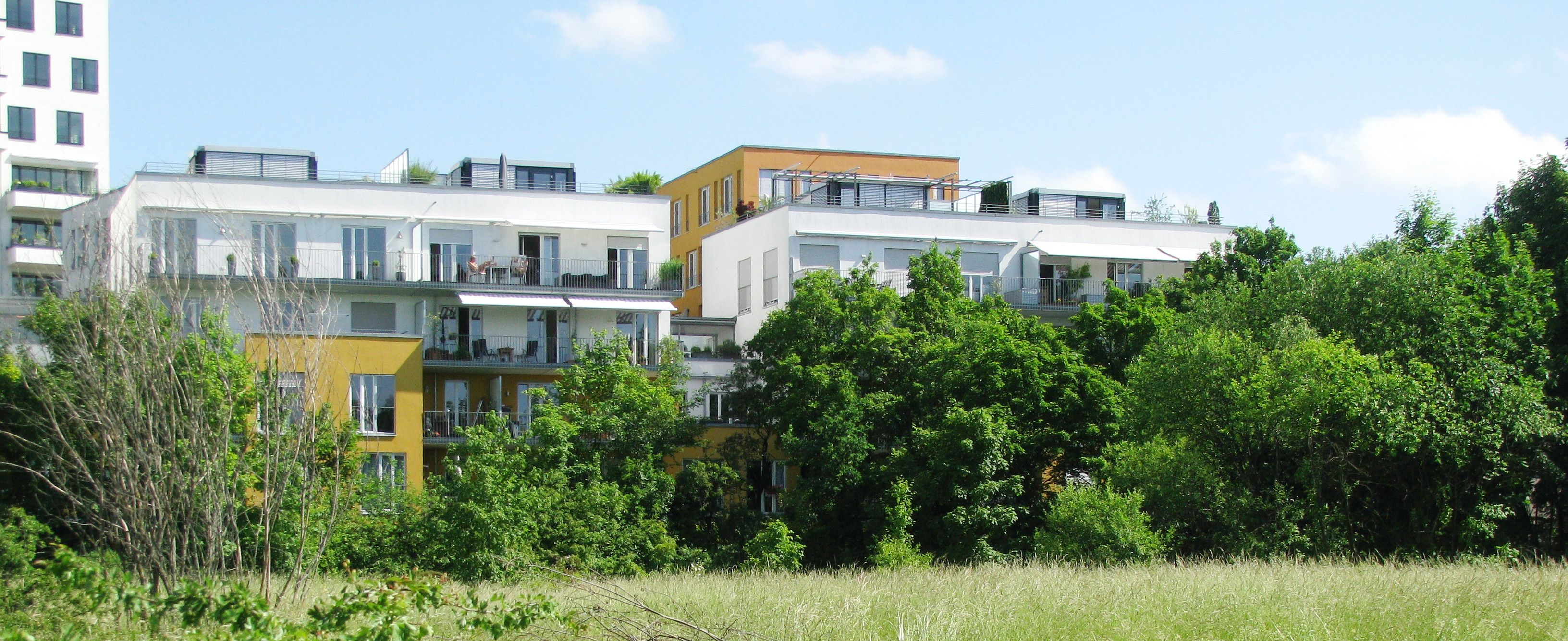 "A solar district heating system for ""Am Ackermannbogen"" neighbourhood"