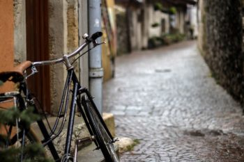 Four solutions to make European cities bicycle-friendly